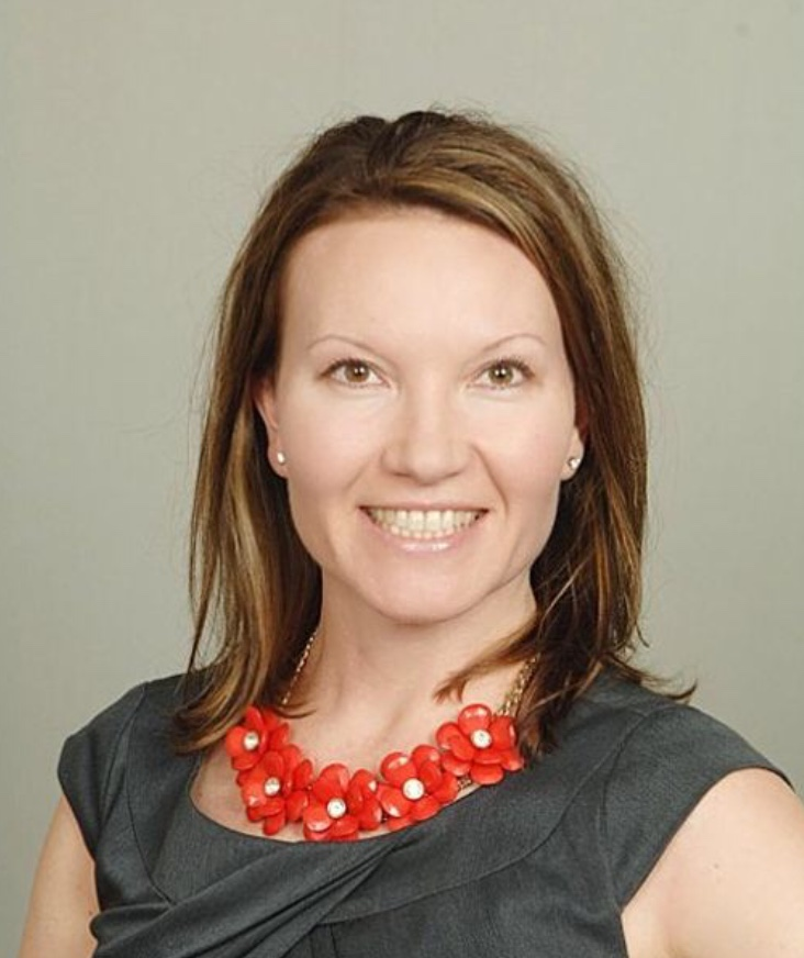Dr. Rebecca Bateson